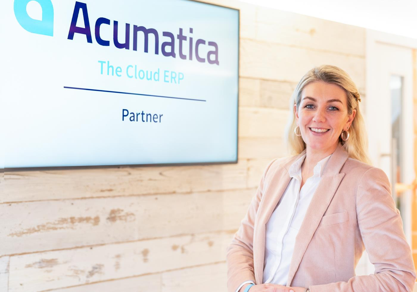 Acumatica goes HEADtoHEAD™ with ERP vendors at UK event